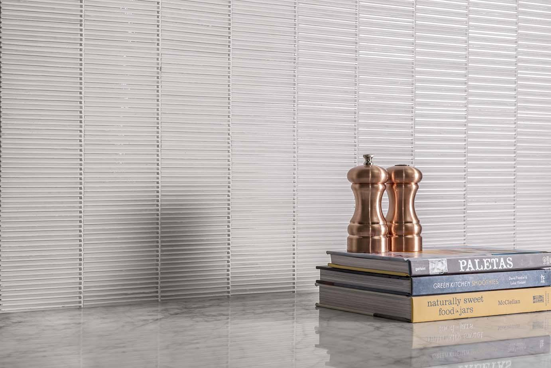 Favorite Presenting: Textile Glass - AKDO Tile Dealers YA13