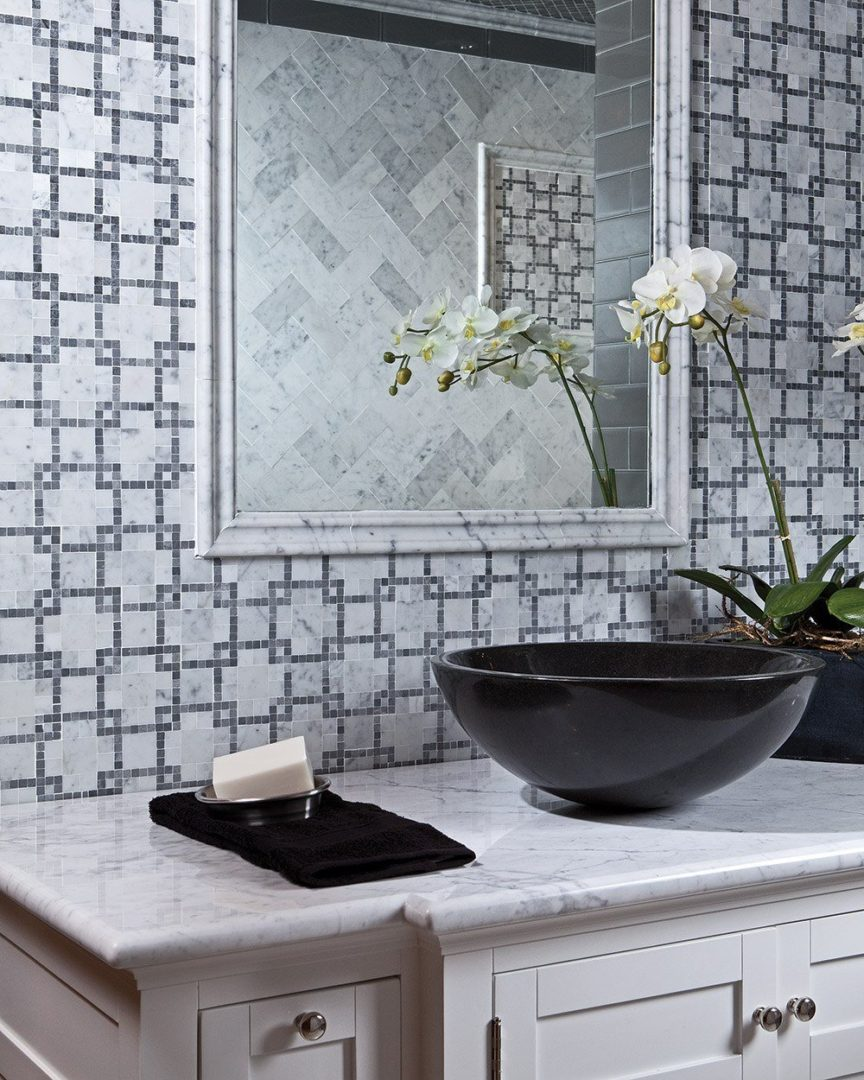 marble-works_moment_chic_marble_mosaic_bathroom2