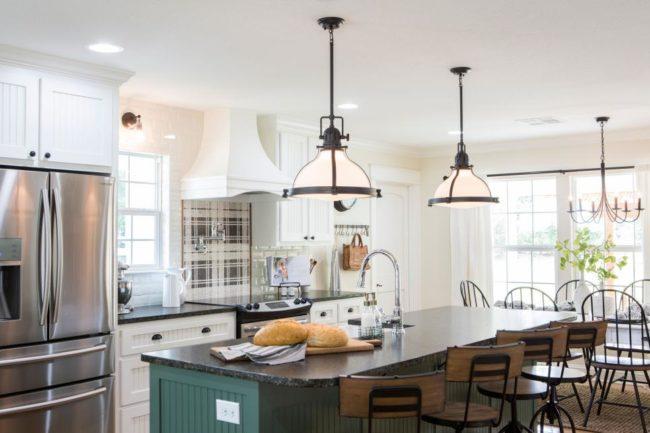 Trending In Design Modern Farmhouse Interiors Akdo Tile Dealers