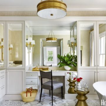gallery-1487699680-sean-mcgowan-bathroom